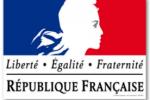 Que contient l'affiche de la devise de la République ?